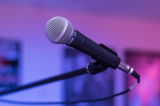 microphone-1159791_1280.jpg