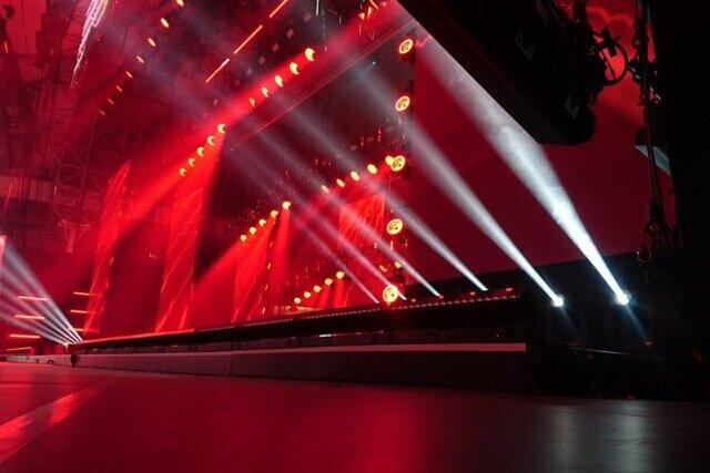 stage-2223130_1280-1.jpg